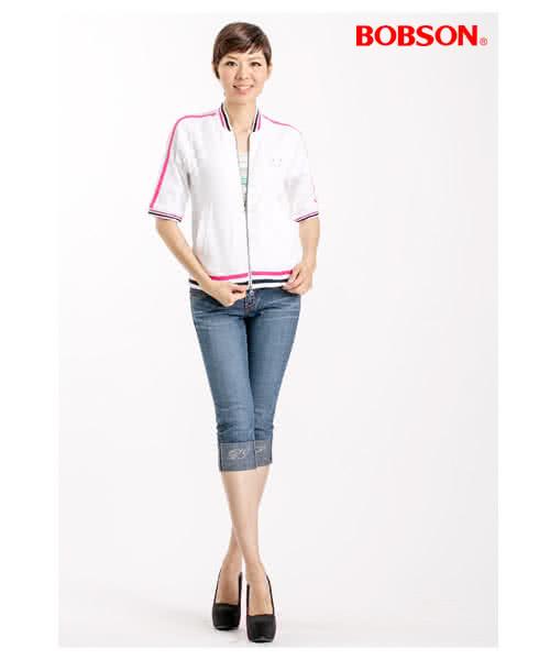 【BOBSON】女款雙色配線反摺7分牛仔褲(藍53)