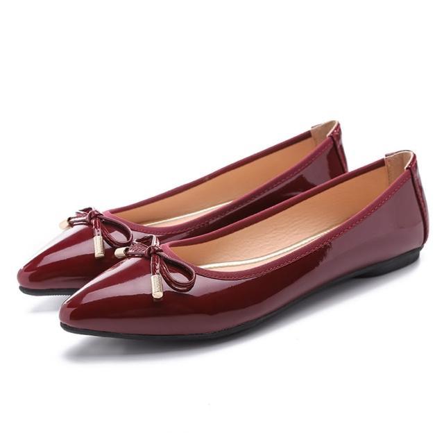 【Sp house】炫麗目光尖頭亮漆皮平底娃娃鞋(4色可選)