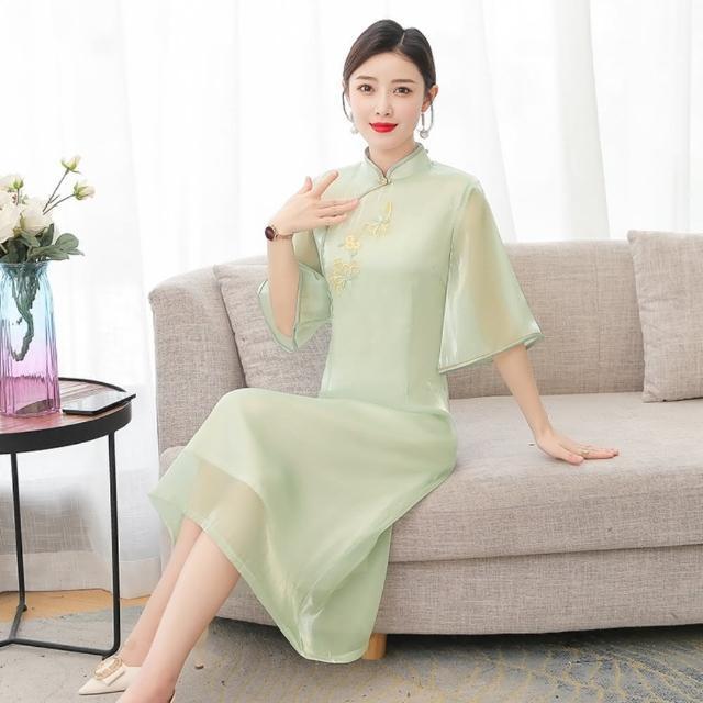 【REKO】淡綠氣質寬袖改良式旗袍洋裝M-4XL