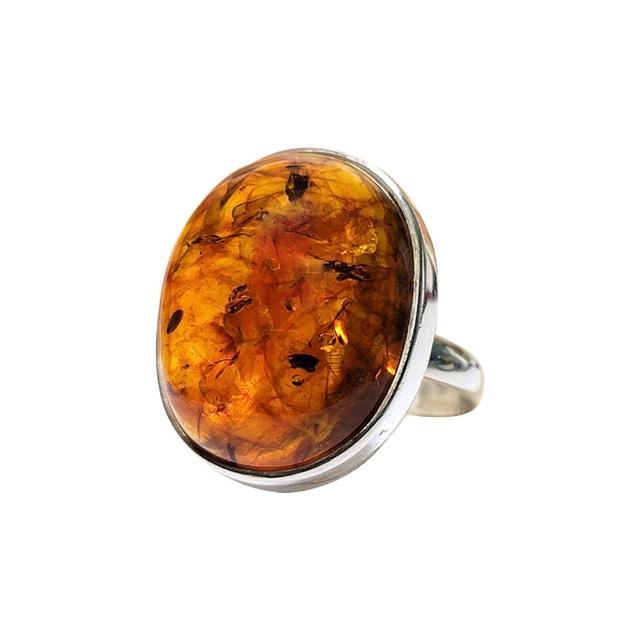 【優雅琥珀】來自波羅地海 凸面橢圓形 貴氣琥珀戒指(925純銀 活動式戒圍直徑19.5MM)
