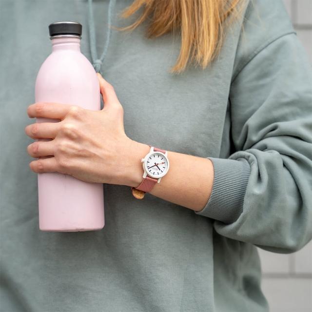 【MONDAINE 瑞士國鐵】essence腕錶(41mm Pink Suede 41111LP)