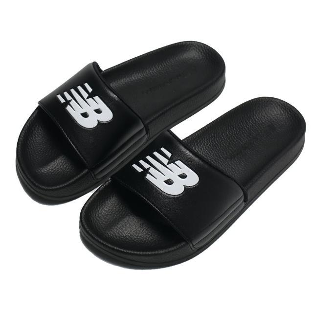 【NEW BALANCE】拖鞋 全黑 大LOGO 皮質 一片式 運動 休閒 男女(SD1101GBK)