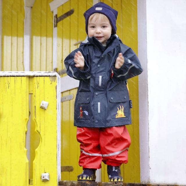【Playshoes】超輕量可機洗連帽兒童雨衣外套-消防車(防風防水)