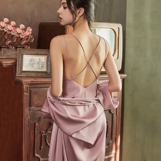 【Secret Lover】仿真絲高檔法式露背精美吊帶睡裙罩衫二件套組SL2131(仿真絲露背吊帶睡裙罩衫二件套組)