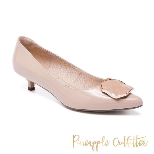 【Pineapple Outfitter】GIADA 牛皮飾釦尖頭低跟鞋(鏡粉)