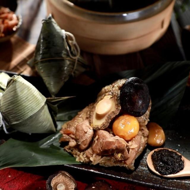 國宴主廚溫國智親製義大利黑松露鮑魚粽