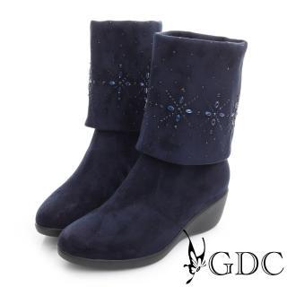 【GDC】個性-絨布真皮三穿水鑽圖騰楔型跟長靴-藍色(626471)
