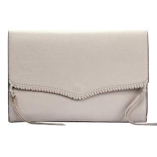 【Rebecca minkoff】PANAMA編織裝飾荔枝紋軟皮革撞色信封手拿包(淺灰色)