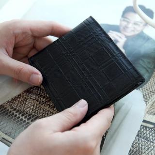 【皮夾】經典黑格紋真皮短夾(玖飾時尚)
