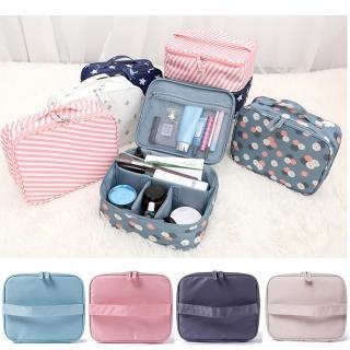 【TD樂活】DINIWELL輕便旅行化妝收納包(旅行收納包 衣物收納袋-A款)