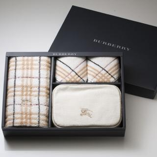 【BURBERRY 巴寶莉】戰馬化妝包毛巾禮盒(駝色)