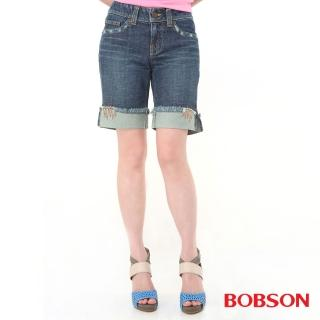 【BOBSON】女款反摺褲口牛仔短褲(藍132-77)