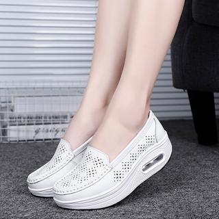 【JC Collection】真皮鏤空氣墊透氣搖搖鬆糕休閒鞋(白色)