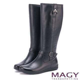 【MAGY】展現獨特風采 牛皮造型釦帶長靴(黑色)