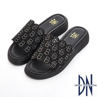 【DN】浪漫舒適 真皮水鑽字母拼接舒適涼拖鞋(黑)
