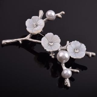 【Angel】純潔高雅梅花鋯石珍珠胸針別針兩用(白色)