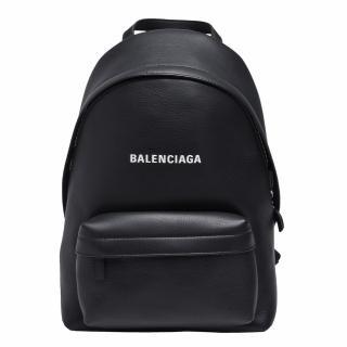 【Balenciaga 巴黎世家】經典Everyday系列品牌字母LOGO小牛皮拉鍊手提/後背包(小-黑色552379-DLQ4N-1000)