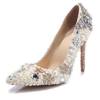 【JP Queen New York】奢華婚宴珍珠水鑽蝴蝶尖頭細高跟鞋(珍珠白)