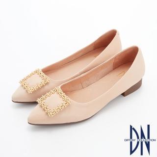 【DN】娃娃鞋_花漾飾扣素面羊皮尖頭平底鞋(米)